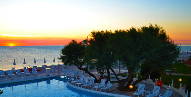 Beach Resort Girasole